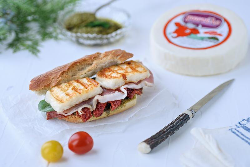 Pandora's Kitchen | Σάντουιτς με προσούτο και Μαστέλο 2