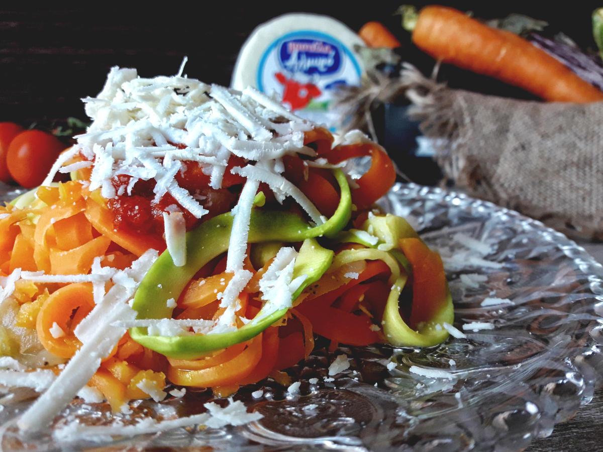 Pandora's Kitchen | Linguine λαχανικών με αλμυρό τυρί Μαστέλο 2
