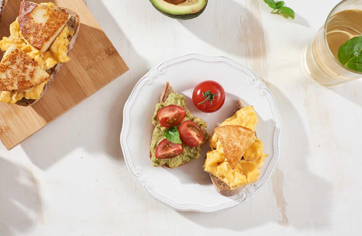 Αυγά σκραμπλ με Μαστέλο® καπνιστό αγελαδινό 4
