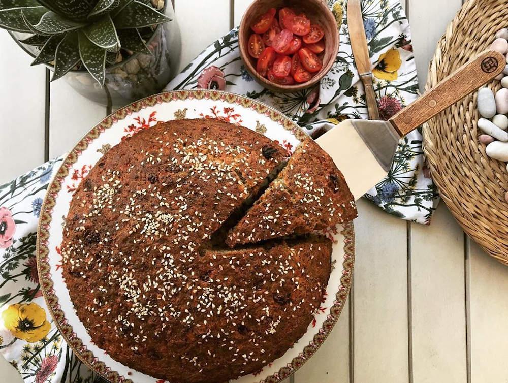 Αλμυρό κέικ σαν κυπριακή φλαούνα με Μαστέλο®