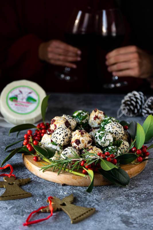 Γιορτινές μπαλίτσες τυριού με κατσικάκι Μαστέλο® 10